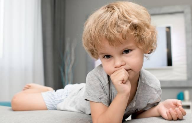 malos hábitos orales, niño al ortodoncista